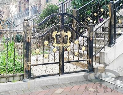 欧式复古铁艺庭院大门